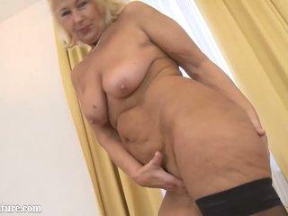 Best granny sex pics