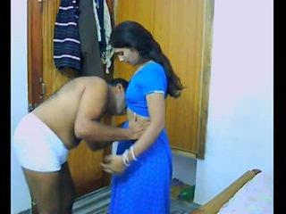 Indisch pair onto hun honeymoon chewing en bonking