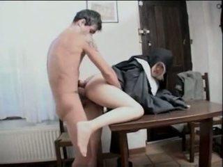 เหมือนกัน, nun
