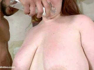hq redhead, curvy, mooi rondborstige scène