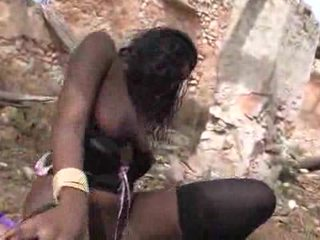جميل أسود فتاة loves getting pounded outdoors فيديو
