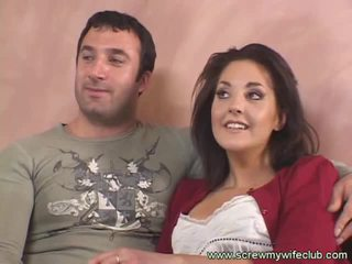 Brunet aýaly fucks old guy while hubby watches