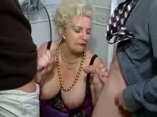 močiutė, šūdas, fetišas, vokietijos