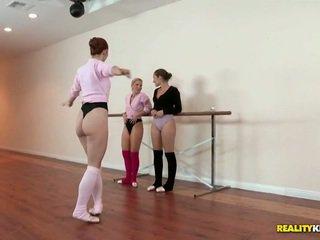 लेज़्बीयन ballet कक्षा के लिए dani daniels और ashley fires