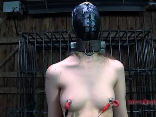 קשה הצלפות ישבן ל masked בייב
