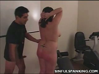 Spanked παχουλός arse