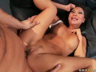 Aziatike pornstar asa akira gets një double penetration video