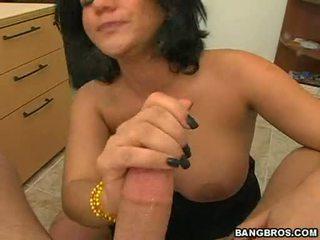 Hawt momma angelina castro insanely fits а meaty pole в че guyr уста til тя chokes