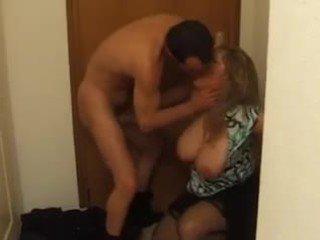 Rinnakas prantsuse küpsemad sisse sügav anaal fuck