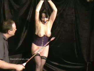 Suaugę slavegirls putė adata kankinimas ir ekstremalus