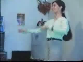 Arab guys tag チーム 貧しい arab 女の子 ビデオ