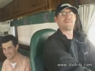 Сексуальна шукаю hitchhiker hillary scott gets picked вгору в a van і keeps two studs щасливий усередині handling їх two dicks з її манда