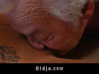 Gigant vechi om shagging o thin tarfa