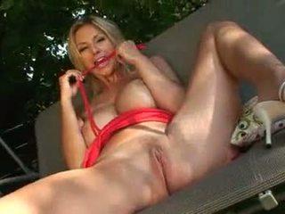 Carol goldnerova sưa chua quái
