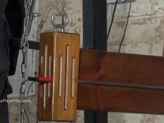 Nemen electro budak, dominasi, sadism, masochism and wooden device pangawulan of abdi elise grave in hardcore