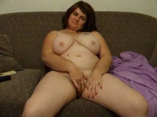 Bögyös feleség joanne rubs punci tovább kanapé