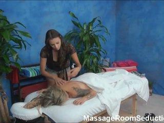 וידאו של עירום אפרוחים having קשה סקס