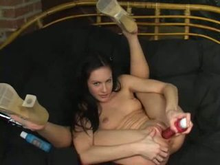 brunette mov, speelgoed seks, plezier solo scène