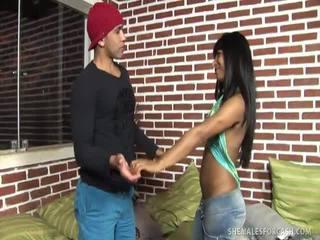 Erotikus transzszexuális viva dantas gives fel neki popsi hole mert készpénz!