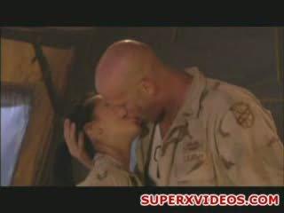 Hardcore sekss orgija uz the armija