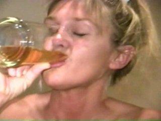 Piss: sherry carter 喝酒 更多 老 piss