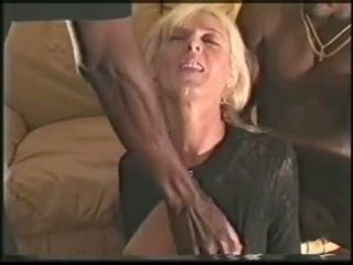 Mature swinger wife loves black cocks Video