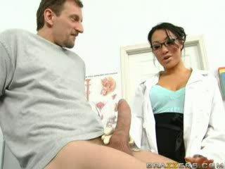 Baise ma asiatique docteur vidéo