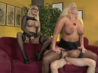 Alura jenson ir jacky joy two didelis titted blondes having shaged