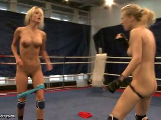 Laura kristal dan michelle dampened fighting stripped