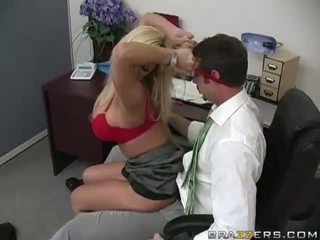 Shyla stylez gets anally fucked przez jej co-worker wideo