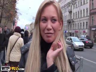 vol brunette, online openbare sex neuken, vol pijpbeurt neuken