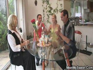 Imponente 3 alcuni porno festa a suo birthday