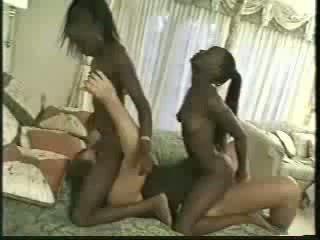 Africa gemeni inpulit cu 1 men