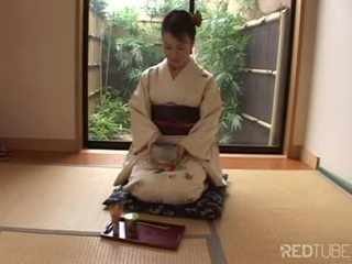 Everyday life of a geisha