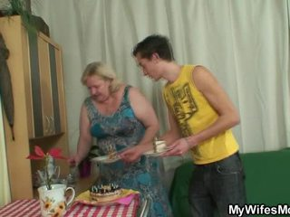 Cougar Has Enraged When Finds Him Cheating