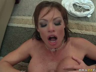 Udan hot babeh rhylee richards widens her slits wider and likes the jago in her