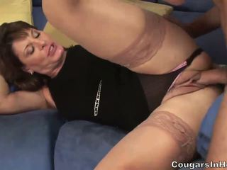 heet moms and boys, poema tube, plezier milf scène