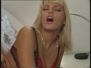 Anita blond - klamber 4