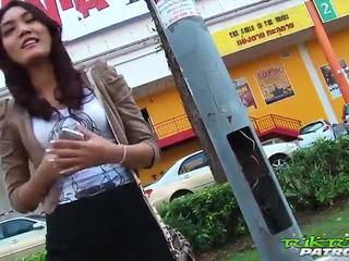 सेक्सी थाई गर्ल eager के लिए बड़ा वाइट कॉक