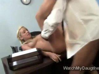 Braided ブロンド beauty jada stevens fucks ブラック 教師 で フロント の お父さん