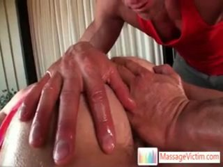 Dayton gets arsehole oleada para massagem três por massagevictim