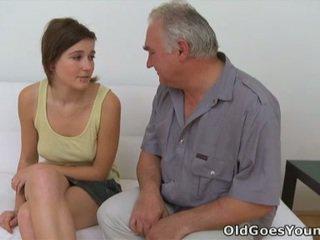 Joli et grej chaud adolescence porno