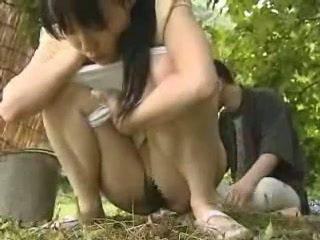 Japanska flicka körd utanför