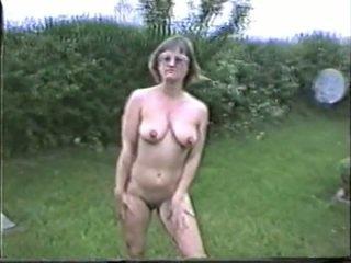 mooi grote borsten mov, naakt, buitenshuis film