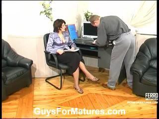 controleren brunette mov, hardcore sex scène, hard fuck