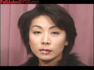 Dökmek for ýaşy ýeten jap prostitutka