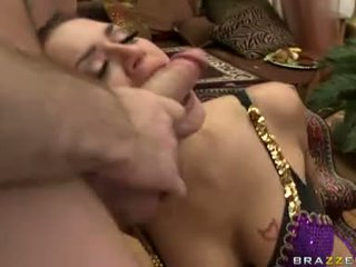 Filling Her Mouth With Lots Of Guys