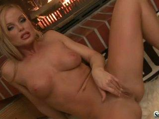 Sylvia Saint FingEring Her G Spot For A PLeasure