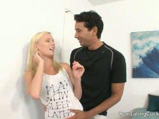 Elaina raye cheats في زوج في جبهة من له