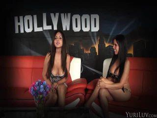 een tieten film, vers brunette gepost, online aanbiddelijk thumbnail